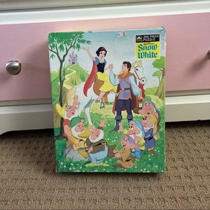 Vintage Disney Snow White puzzle